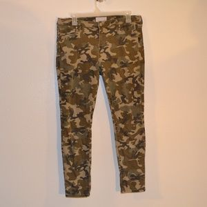 KENDALL & KYLIE CAMO JEANS